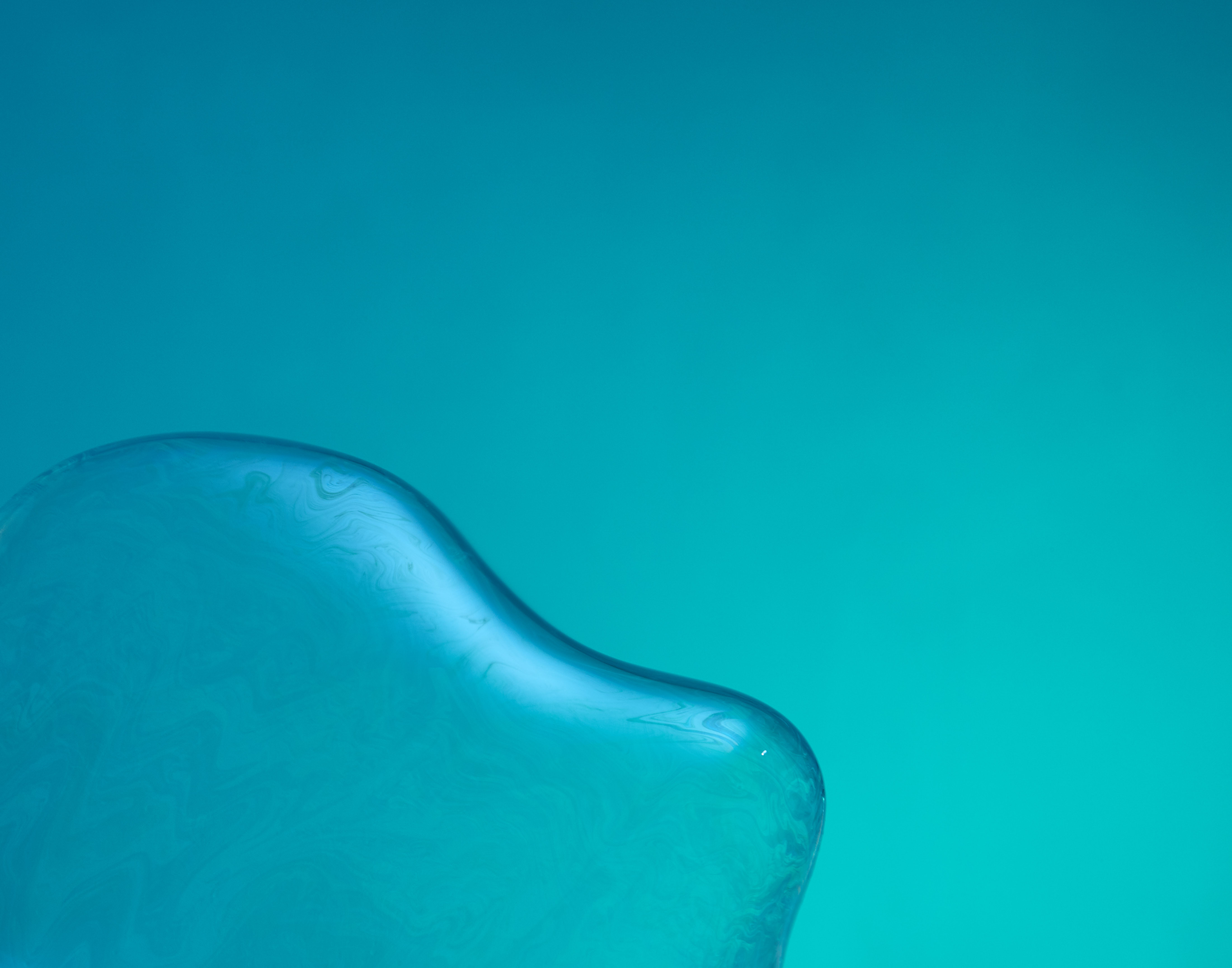 Vijey Mohan | Product & Liquid Photographer based in Los Angeles, California.   Bubble-13